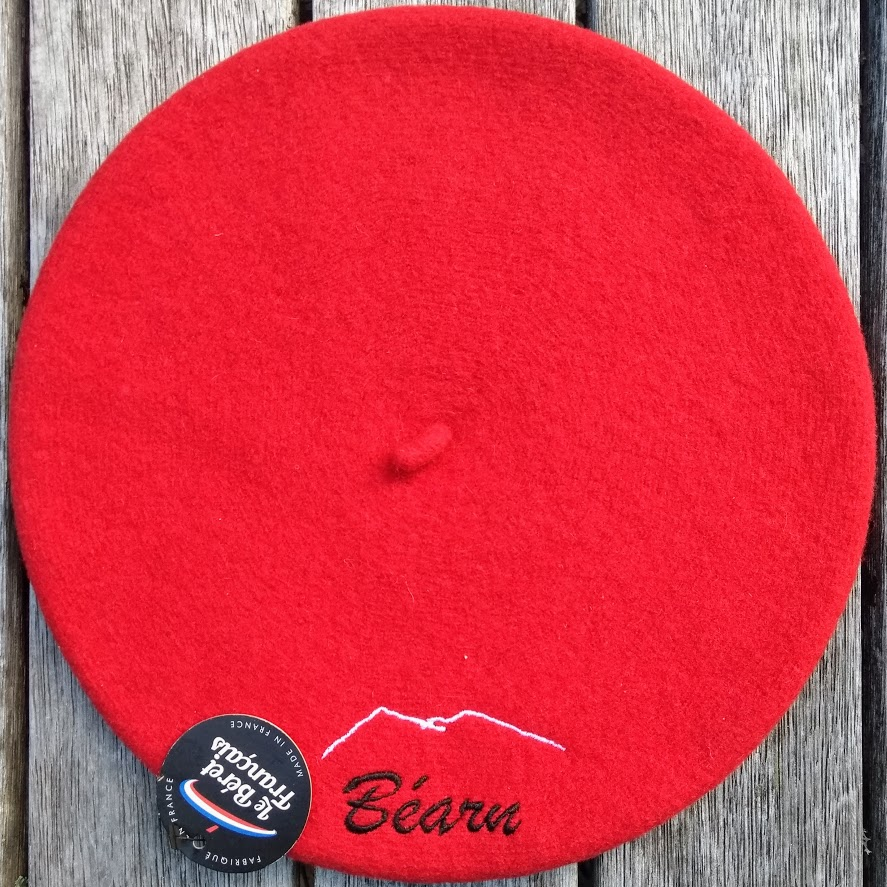 60ed38f6be632 ... with the outline of the Pyrenees mountains  berets that are typically  worn during the fêtes in Béarn. 110% wool